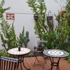 Cute garden to brunch in